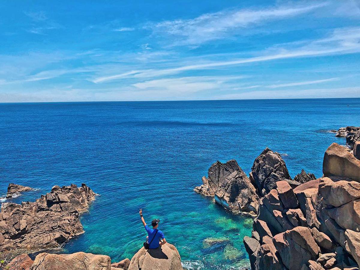 Điểm danh 8 bãi biển đẹp tựa thiên đường tại Quy Nhơn
